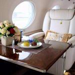 你们好奇的,在私人飞机上吃什么?